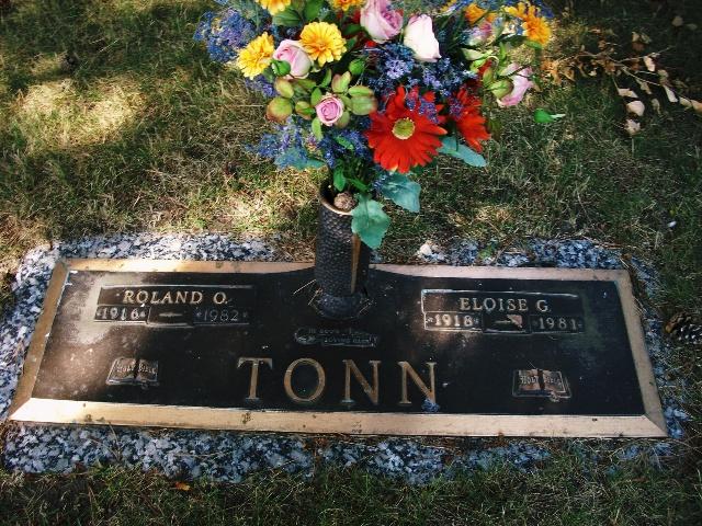 Chapel Hill Memorial Gardens Cemetery Headstones Lansing