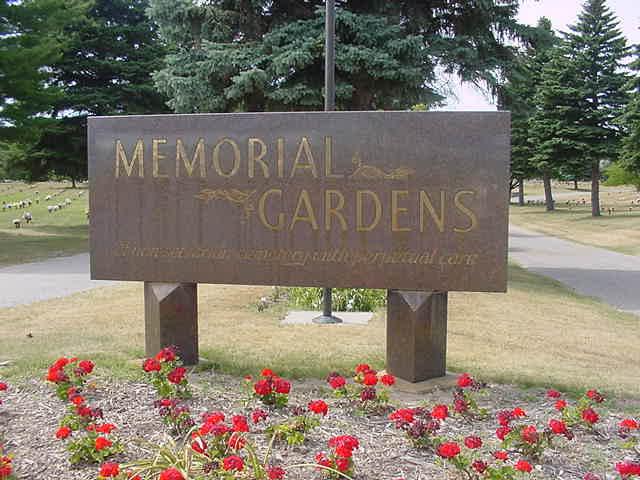 sign8061gph - Memorial Gardens Cemetery Traverse City Mi