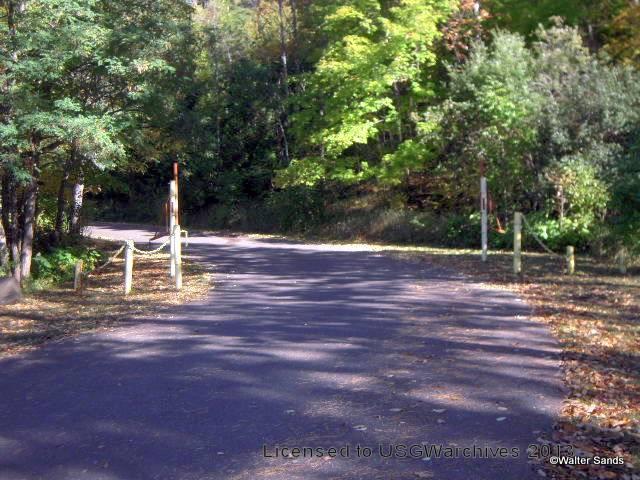 Lakeside Cemetery entrance