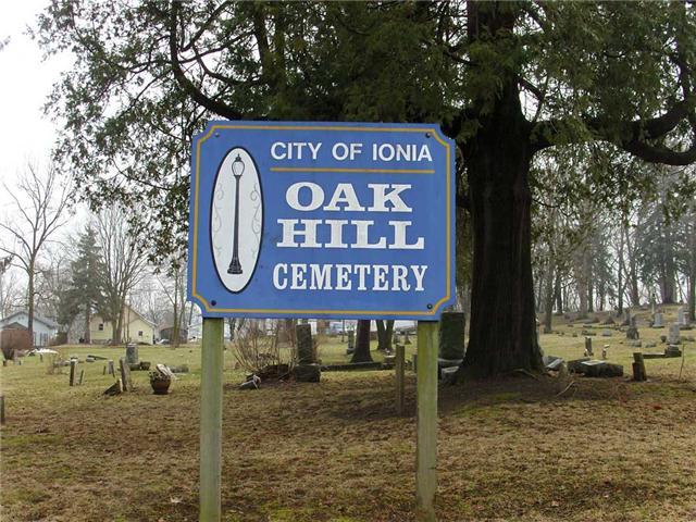 Oakhill Cemetery Entrance