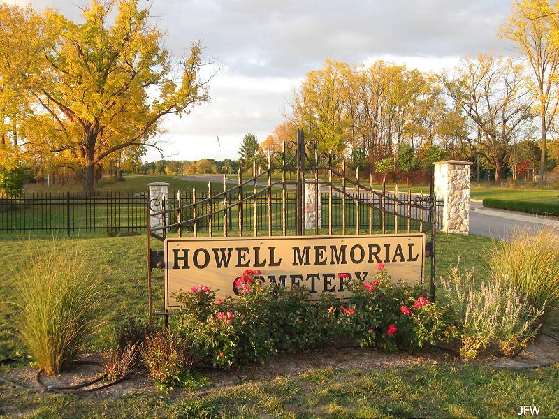 Howell Memorial Cemetery sign