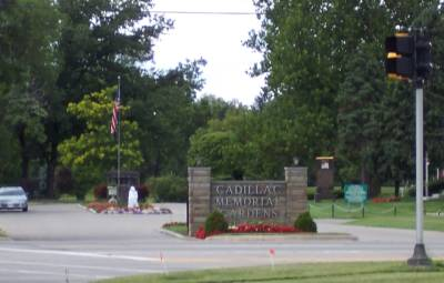 cadillac memorial gardens east cemetery headstones clinton township macomb county michigan