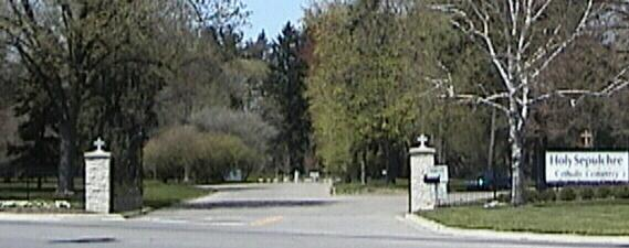 Holy Sepulchre Catholic Cemetery Entrance