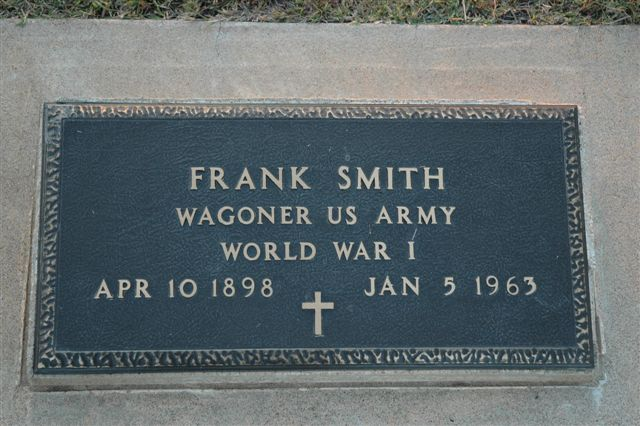http://www.usgwarchives.net/ok/lincoln/pics/tombstones/stroudcem/frank_smith_wwi.jpg