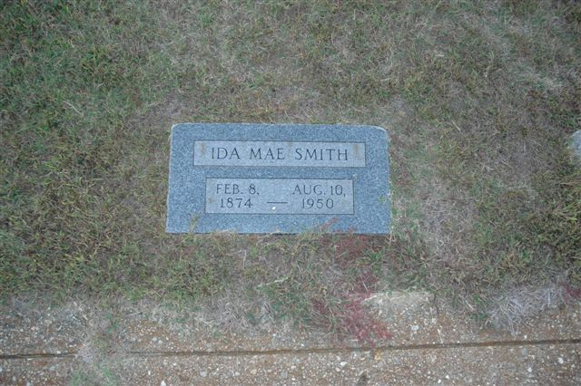 http://www.usgwarchives.net/ok/lincoln/pics/tombstones/stroudcem/ida_mae_smith.jpg