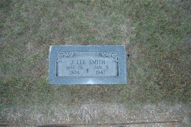 http://www.usgwarchives.net/ok/lincoln/pics/tombstones/stroudcem/j_lee_smith.jpg